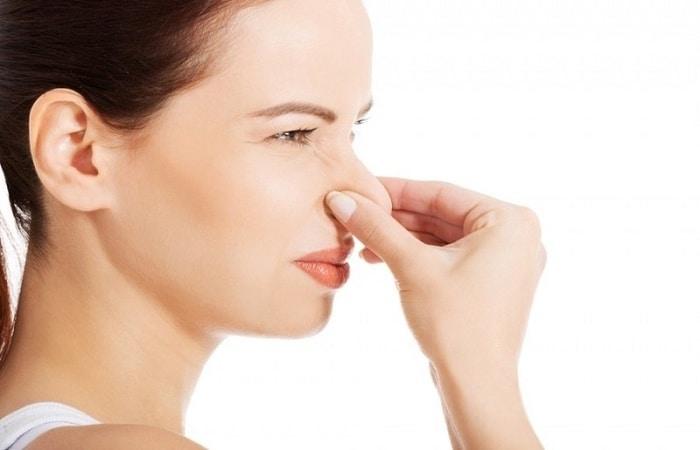 علت گرفتگی بینی
